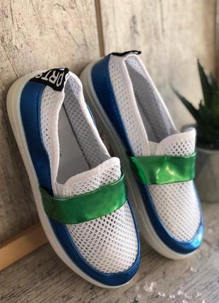 Лёгкие детские мокасины кеды слипоны кроссовки чешки тапочки
