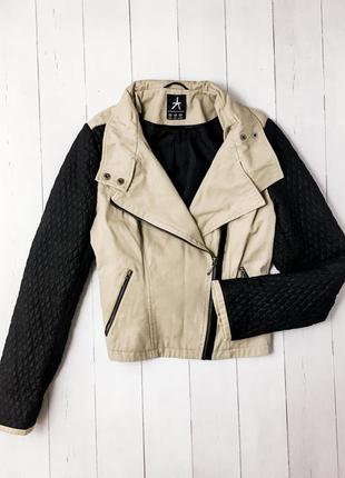 Женская демисезонная куртка косуха  от известного бренда atmos...