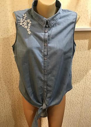 Джинсовая рубашка / блуза с вышивкой