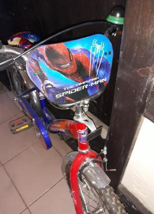 Велосипед десткий на 6-8 лет