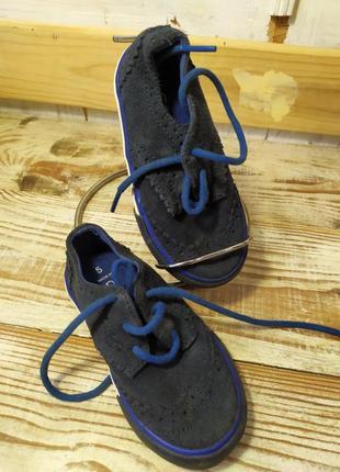 Классные детские туфельки-кроссовочки 12.5-13.5 см