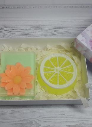 """Набор мыла ручной работы """"ромашка с долькой лимона"""" 225 г."""
