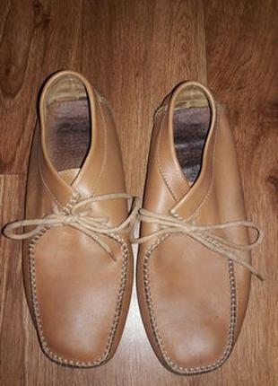 Женские ботинки 42 размера clarks
