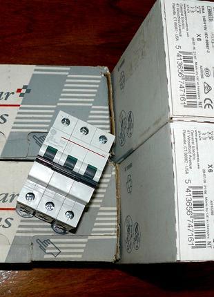Трёхполюсный автоматический выключатель General Electric G63 C16