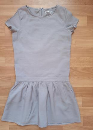 Красивое платье с.f.k.на р.152