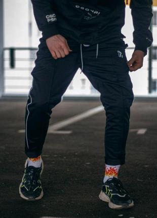Спортивные штаны мужские укороченные пушка огонь sago