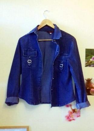 Cиняя джинсовая куртка деним размер м