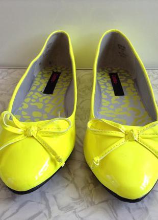Яркие неоновые балетки туфли 38