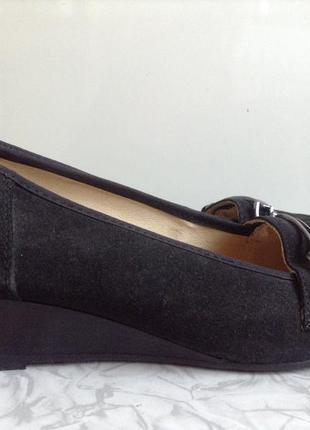 Кожаные туфли лоферы 37