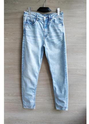 Узкие джинсы с высокой посадкой h&m.