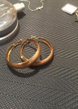 Серьги сережки кольца золото золотые стиль классика