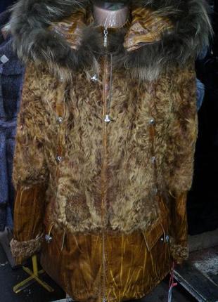 Курточка щуба натуральный мех козлик,подсьежка кролик рекс,нат...