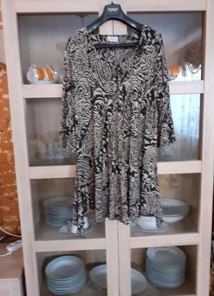 Милое вискозное платье туника большого размера