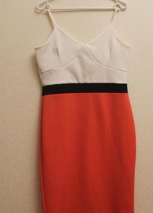 Приталенное платье, белый,коралловый,миди