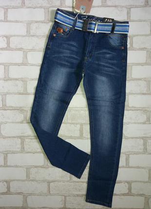 Стильные джинсы,с ремнем в комплекте,тмf&d.(венгрия)