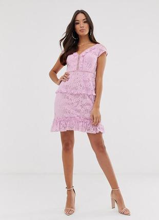 Красивое кружевное платье р.16