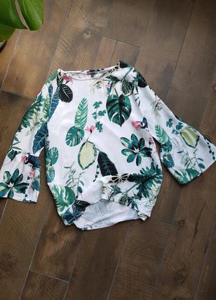 Белая котоновая блуза в тропичный принт листья монстера