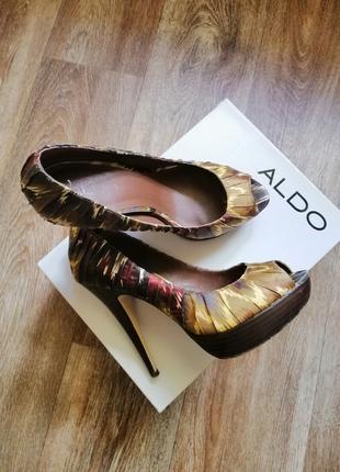 Туфли женские 39 размера