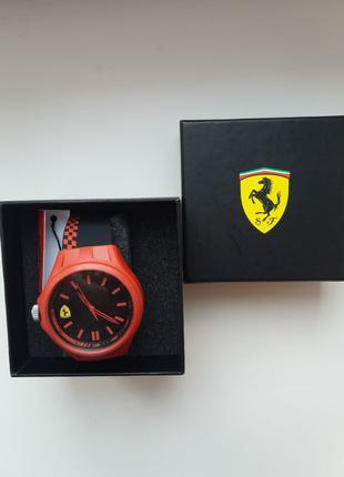 Наручные часы кварцевые Scuderia Ferrari годинник