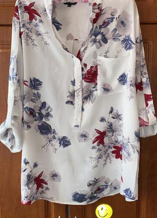 Красивая блузка 👚 в цветочный принт раз.xl
