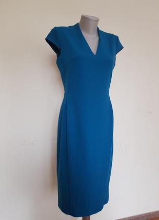Красивое брендовое платье футляр