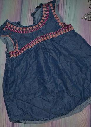 Джинсовая майка-блуза с вышивкой  4-5 лет-