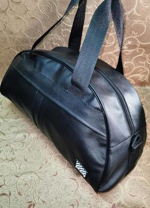 Спортивная дорожная сумка для фитнеса на каждый день