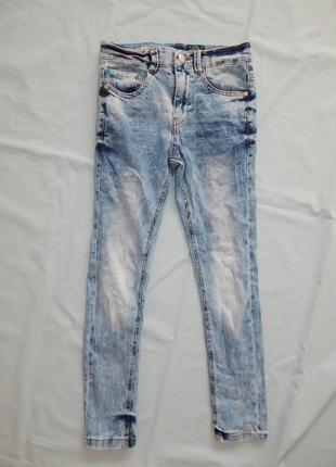 Джинсы модные на мальчика skinny от next 9 лет 134 см