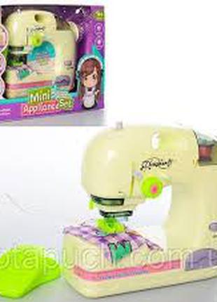 Детская швейная машинка 6994 B на батарейках с световыми эффектам