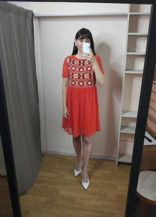 Платье с вышивкой на подкладке zara