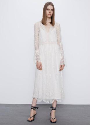 Роскошное кружевное платье миди от zara