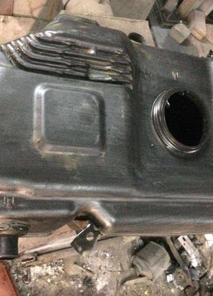 Б/у бак топливный Mitsubishi Colt ,Smart Forfour, MR978279,