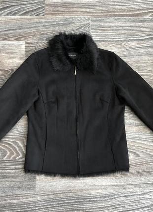 Черная куртка дубленка косуха на полной меховой подкладке, мех...