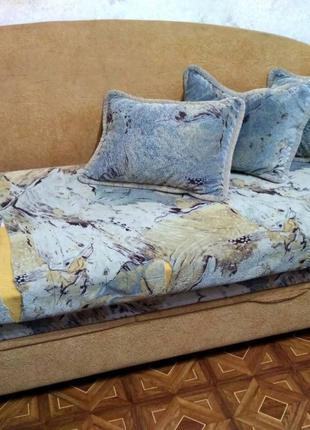 Продам диван б/у, требует перетяжки