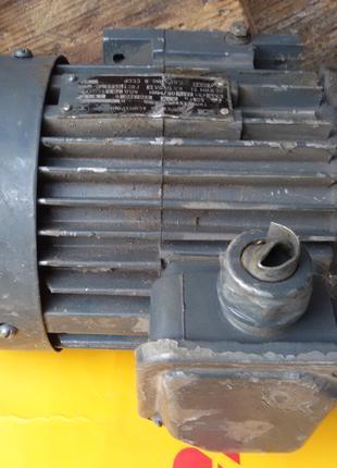 Электродвигатель 0,55квт ,1370 оборотов