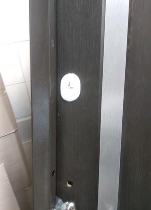 Вхідні двері AV-1
