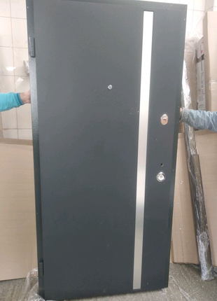 Вхідні двері AV-1 anthracite