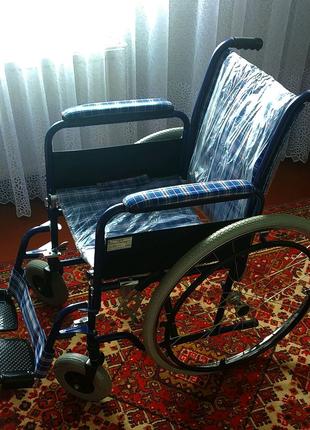 Инвалидная ручная коляска