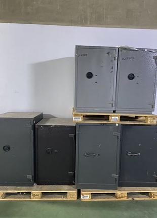 Продам сейф 1 2 3 4 5 7 класс