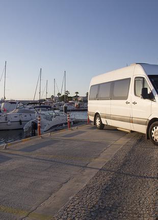 Транспортные услуги микроавтобусами и автобусами