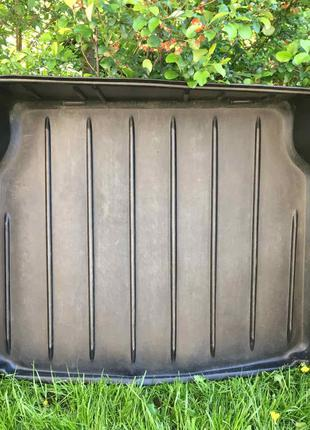 Килимок коврик в багажник