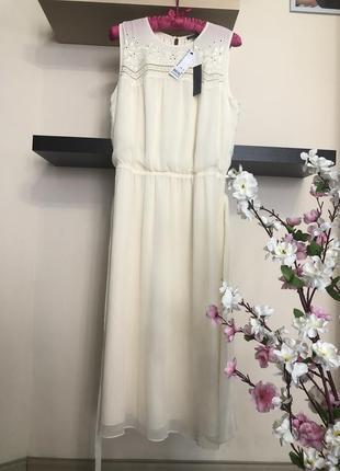 Очень красивое летнее платье с поясом,