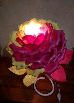 Торшеры,цветы и любые изделия из изолона и фоамирана