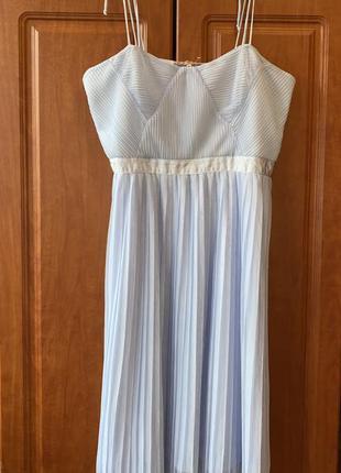 Красивое платье в небесно голубом цвете раз.xl-xxl