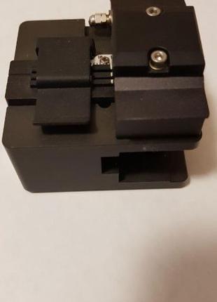 Прецизионный скалыватель оптических волокон ILSINTECH оригинал