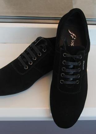 Мужские замшевые кроссовки. весна-осень. размеры:40,41,43,44,45
