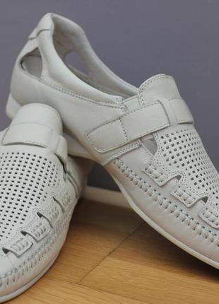 Летние мужские туфли с перфорацией. кожа размеры:42,43