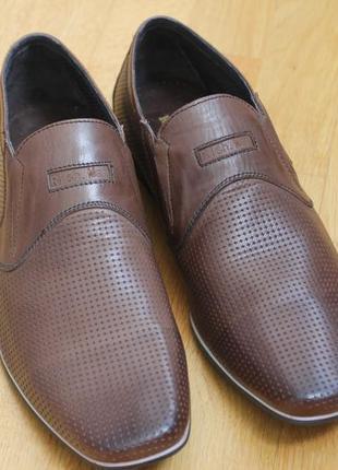 Туфли летние кожа.  легкие размеры:40,42,43,44,45