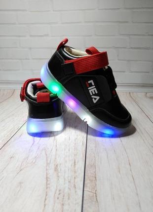 Кроссовки на мальчика с led подсветкой