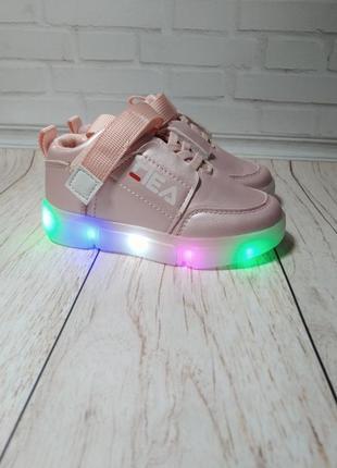 Кроссовки на девочку со светящейся led подошвой в стиле fila